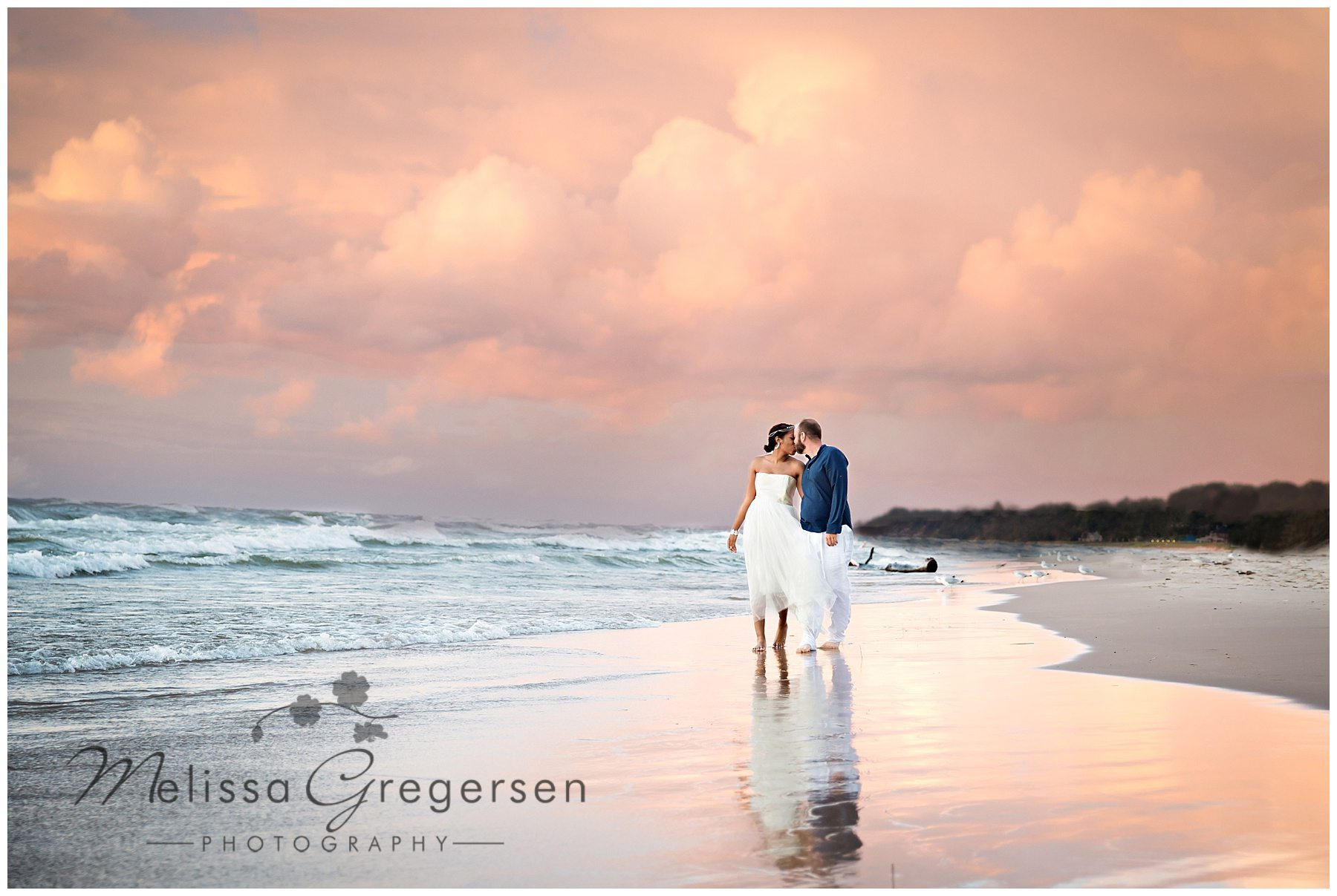 Breathtaking beach engagement session in St. Joseph, MI - Gregersen Photography