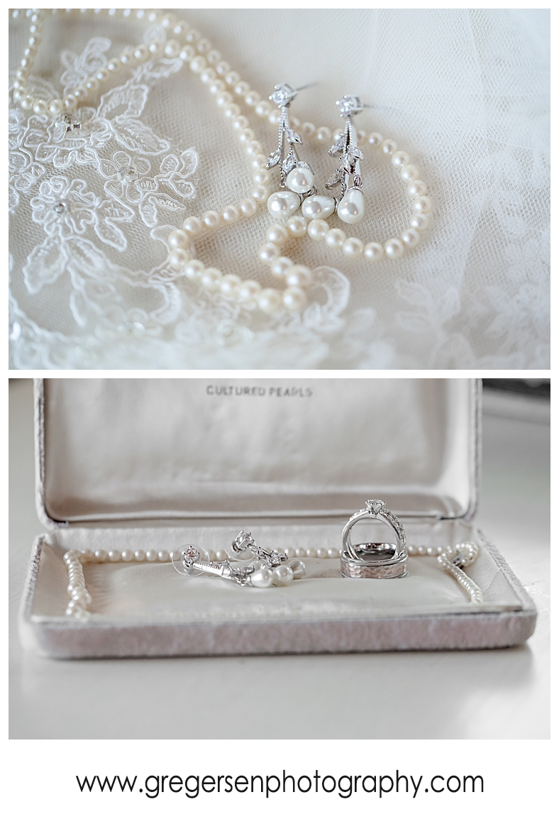Bridal jewelry and wedding rings