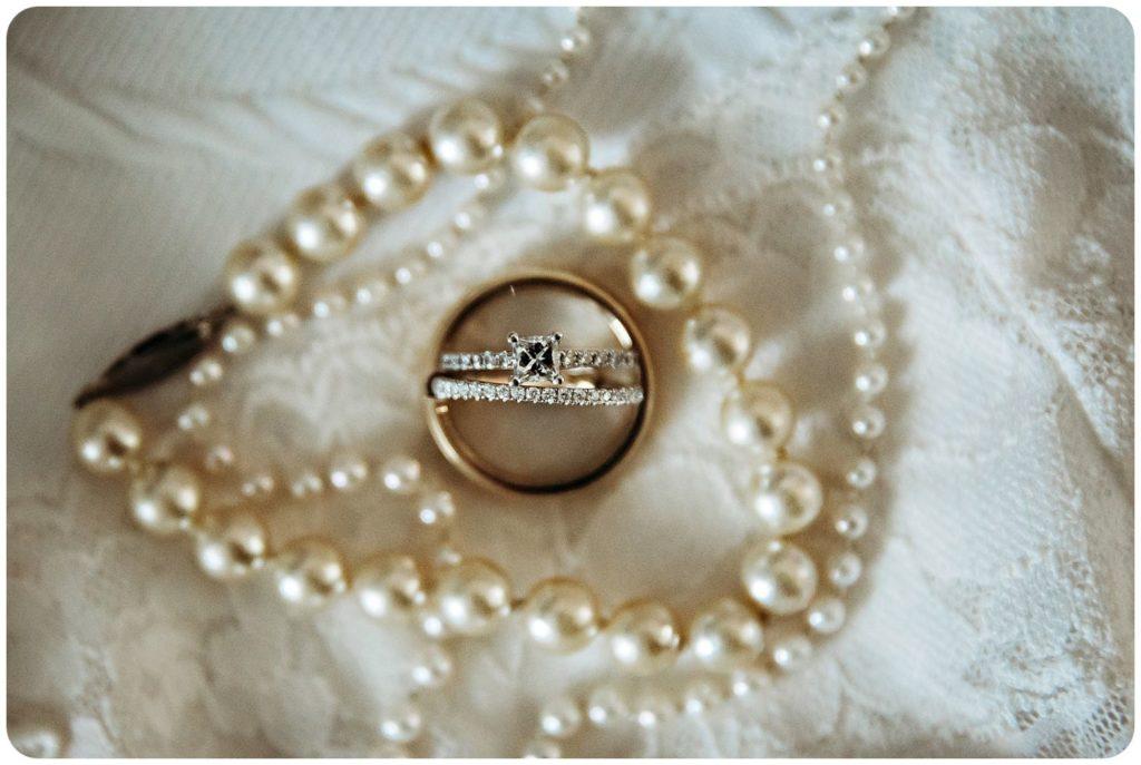 Bay Pointe Inn Wedding rings