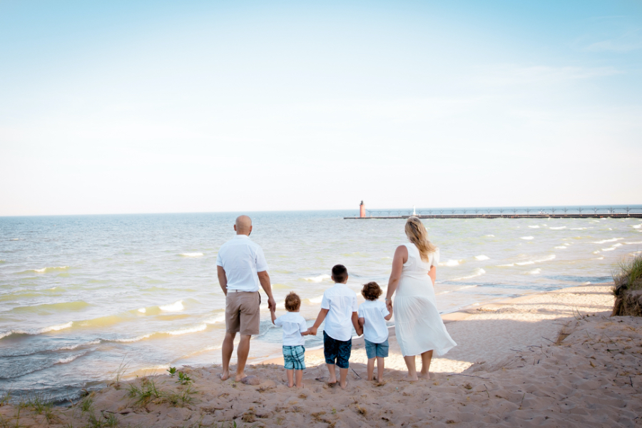 Family morning photography session: South Haven Beach